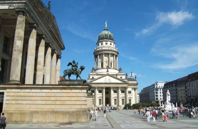 环球旅行 > 目的地 > 德国 > 柏林 > 柏林法国大教堂