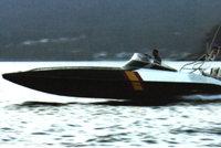 高速拦截艇