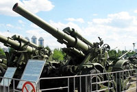Б-4М型重榴弹炮(B-4M)