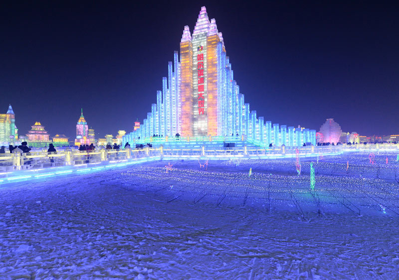 冰雕埃弗尔铁塔
