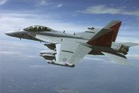 """EA-18G""""咆哮者""""电子战机"""