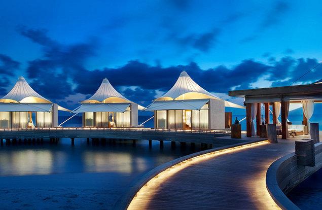 【特价】马尔代夫6日4晚自由行2晚沙屋2晚水屋入住